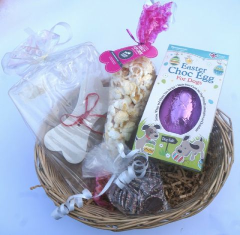 DOG EASTER GIFT BASKET WITH EASTER EGG EDIBLE CARD POPCORN& SPECIALITY DOG CHOCS